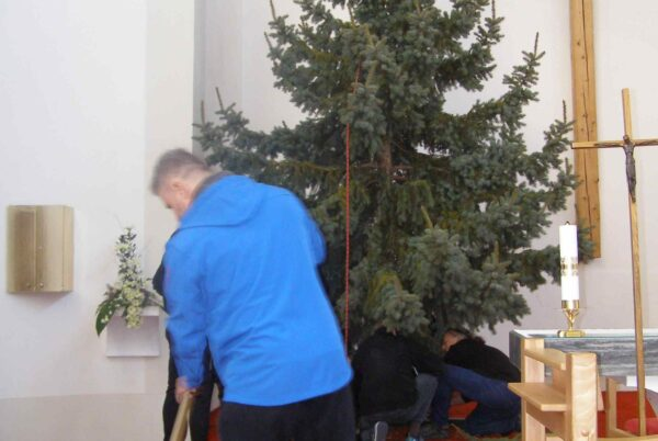 <a href='https://www.boscoostrava.cz/vanocni-strom-do-kostela/' title='Vánoční strom do kostela'>Vánoční strom do kostela</a>