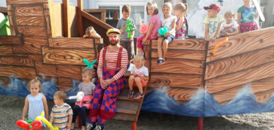 <a href='https://www.boscoostrava.cz/louceni-s-prazdninami-s-klaunem/' title='Loučení s prázdninami, s klaunem'>Loučení s prázdninami, s klaunem</a>