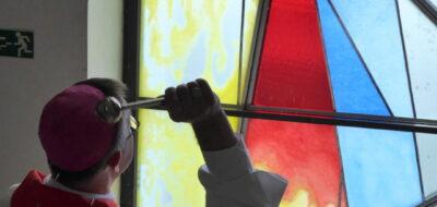<a href='https://www.boscoostrava.cz/pozehnani-nove-vitraze-v-nasem-dome/' title='Požehnání nové vitráže v našem domě.'>Požehnání nové vitráže v našem domě.</a>